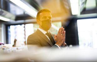 Le président de la République Emmanuel Macron visite le lycée hôtelier de Tain l'Hermitage, le 8 juin 2021.