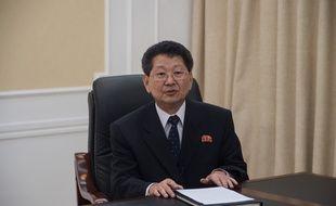 Le directeur adjoint du département européen du ministère des Affaire étrangères nord-coréen,Ri Tok-son, lors d'une conférence de presse à Pyongyang, le 8 septembre 2017.