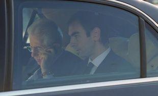 Mario Monti devait devenir officiellement Premier ministre italien mercredi et s'apprêtait à présenter un gouvernement de technocrates tandis que Silvio Berlusconi faisait ses valises, dans le cadre d'une transition ultra-rapide visant à rassurer sur la crédibilité de l'Italie