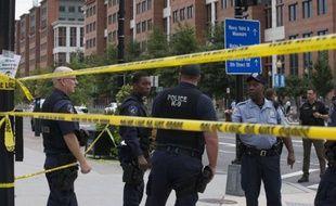 Une fusillade dans un bâtiment de la Navy, à Washington, a fait au moins 12 morts, le 16 septembre 2013.