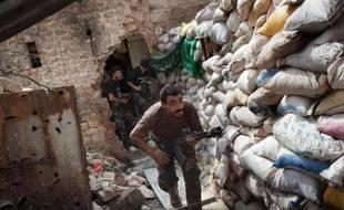 Un rebelle syrien, le 18 septembre 2013 à Alep
