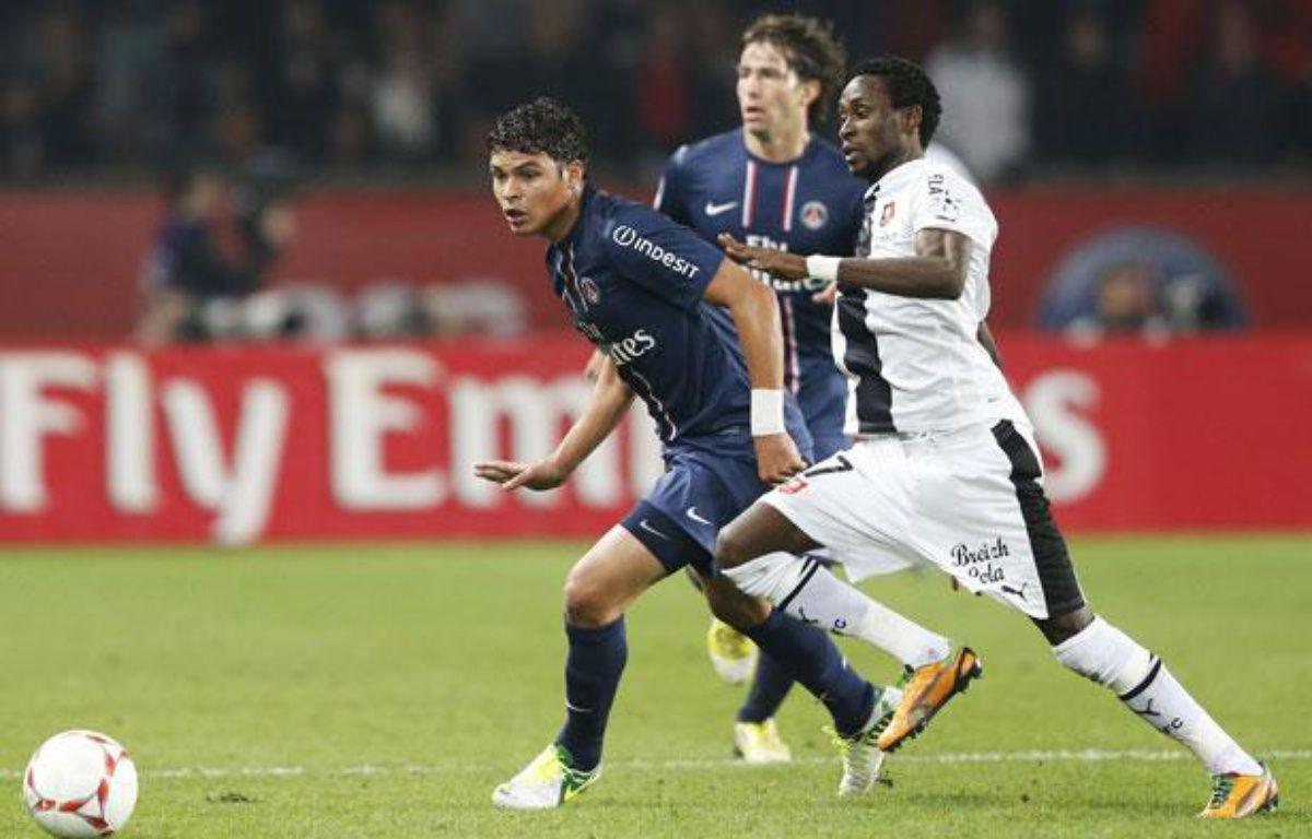 Le Parisien Thiago Silva lors du match contre Rennes le samedi 17 novembre 2012. – FRANCOIS GUILLOT / AFP