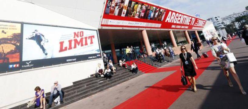 Le Palais des Festivals de Cannes, lundi 8 octobre, pour l'ouverture du Mipcom.