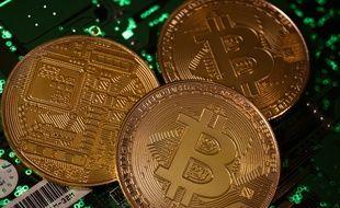 Des bitcoins matérialisés. (illustration)