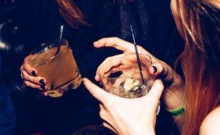 Bien que sa comsommation soit perçue comme anodine, l'alcool fait partie des drogues les plus dangereuses (avec l'héroïne et la cocaïne)