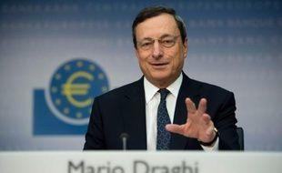 La Banque centrale européenne (BCE) devrait se cantonner à un rôle d'observateur de la crise lors de la réunion de son conseil des gouverneurs jeudi, son programme de rachat de dette des Etats continuant d'offrir un bol d'air à la zone euro.