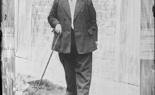 Madeleine Pelletier, première femme interne qui s'habillait en homme et défendait un féminisme radical et précurseur des grandes avancées du XXe siècle.