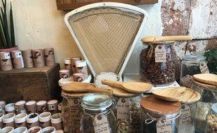 Des produits locaux,chez Les champions, une épicerie fine de Toulouse.