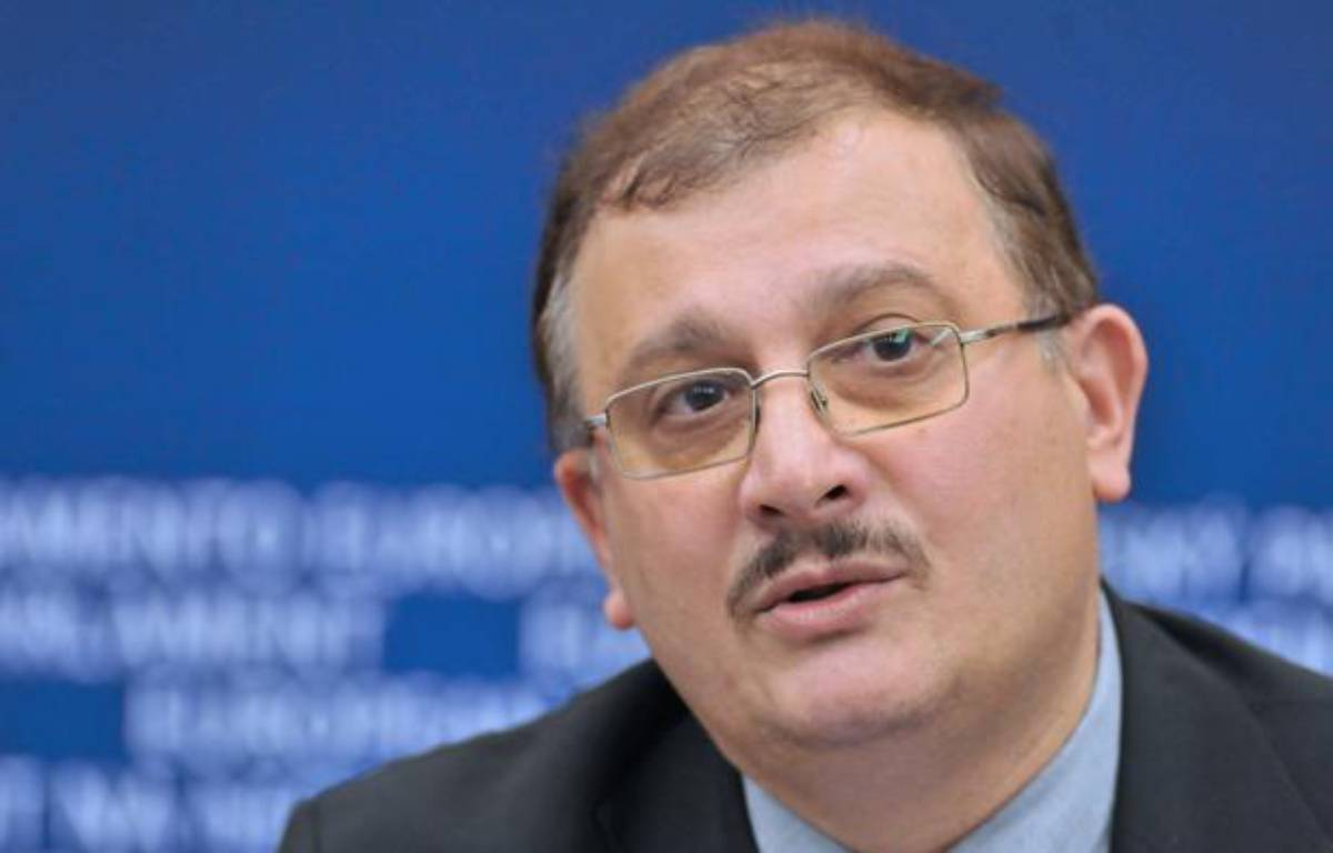 Le professeur Gilles-Eric Seralini, en janvier 2013. – AFP PHOTO GEORGES GOBET