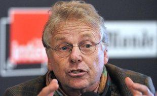 Daniel Cohn-Bendit (Europe Ecologie-Les Verts) a mis lundi en garde contre la possibilité d'un risque terroriste, après l'illustration des failles de la sécurité à la centrale nucléaire de Nogent-sur-Seine (Aube) par des militants de Greenpeace.