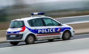 Une voiture de police sur l'autoroute A1, le 21 octobre 2014