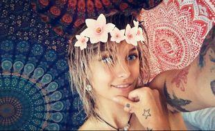 Paris Jackson est en mode hippie pour les 50 ans du Summer of Love
