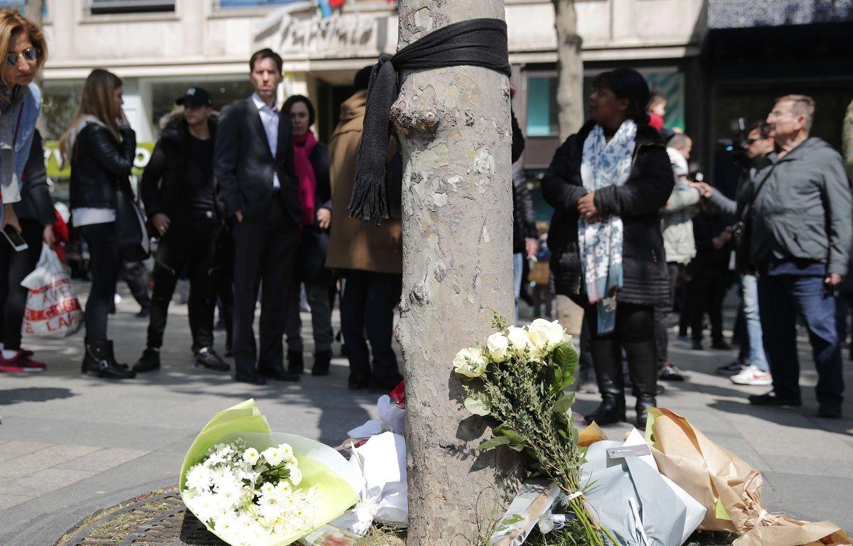 Les Champs-Elysées au lendemain de l'attentat –  Christophe Ena/AP/SIPA