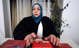 """L'avocate algérienne mandatée par le père de Mohamed Merah pour porter plainte contre le Raid (unité d'élite de la police française), a affirmé dimanche à Alger détenir des preuves de """"la liquidation"""" du tueur de Toulouse."""