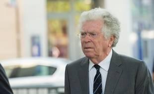 L'ancien président du Conseil constitutionnel Pierre Joxe est accusé d'agression sexuelle par Ariane Fornia, la fille d'Eric Besson, ancien ministre de Nicolas Sarkozy .