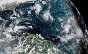 Une image satellite de l'ouragan Florence dans l'océan Atlantique, samedi 8 septembre 2018.