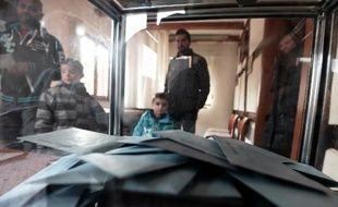 Les bulletins de vote de l'élection municipale le 23 mars 2014 à Bossendorf, dans l'est de la France