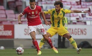 L'Allemand de Benfica Julian Weigl est l'un des deux joueurs envoyés à l'hôpital après le caillassage du bus de l'équipe, le 4 juin 2020.