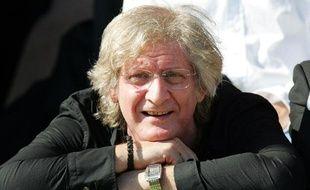 Patrick Sébastien a été appelé à démissionner de son poste de président d'honneur du CA Brice, le 18 octobre 2009