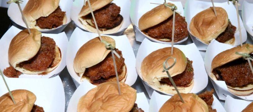 Des hamburgers réalisés lors d'une soirée par un chef américain (image d'illustration).