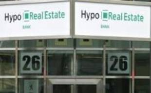 L'avenir de la banque immobilière allemande Hypo Real Estate (HRE), victime de la crise financière, semblait compromis après l'échec samedi d'un plan de sauvetage historique qui devait assurer sa survie.
