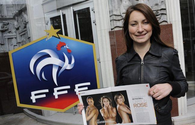 Gaëtane Thiney présente ici, en mars 2009, l'une des photos de la campagne de communication organisée par la FFF, à laquelle elle avait participé.