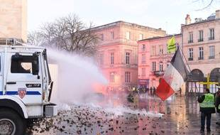 Quelque 4.600 «gilets jaunes» ont défilé lors de l'acte 8 dans les rues de Bordeaux, consacrant la capitale de Nouvelle-Aquitaine comme l'un des bastions du mouvement.