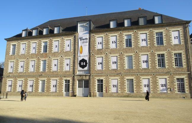 Un calendrier de l'avent géant dans la cour du château des Ducs