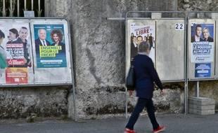 Trente-quatre listes se sont présentées aux élections européennes.