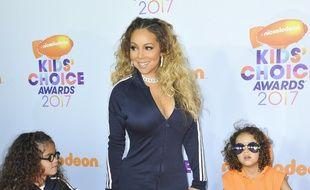 La chanteuse Mariah Carey et ses deux enfants, Monroe et Moroccan aux Kids' Choice Awards