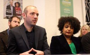 La tête de la liste écologiste Matthieu Theurier, candidat aux élections municipales à Rennes. Ici le 13 décembre 2019 aux côtés de Priscilla Zamord.