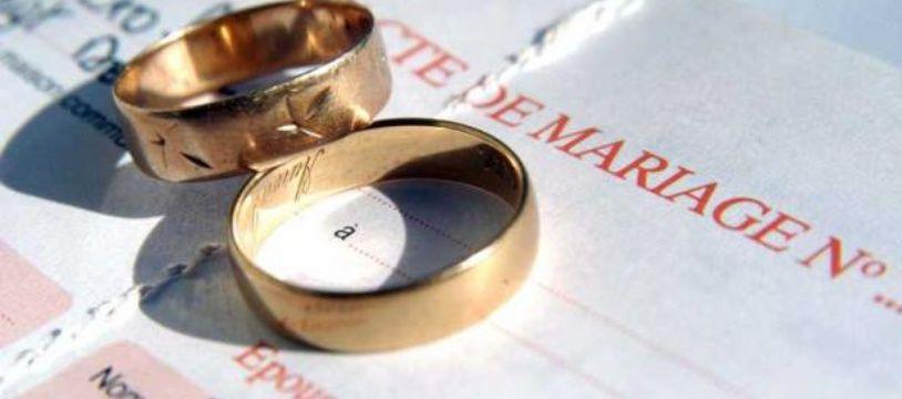 Le fiancé, accusé d'agression, a été placé en garde à vue la veille de ses noce