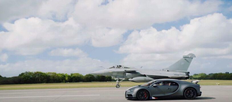 Le YouTubeur WorldSupercars a eu le privilège de piloter une édition limitée de la Bugatti Chiron et de faire la course avec un Rafale à Landivisiau.