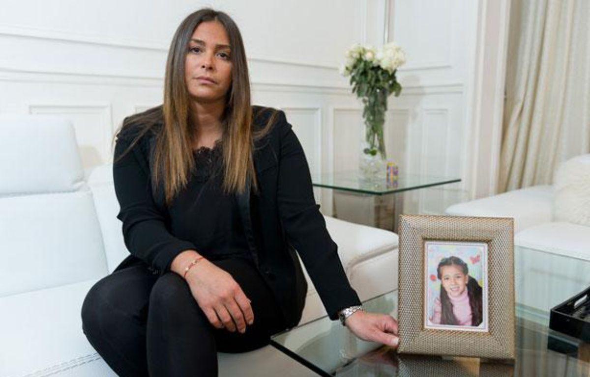 Candice Ahnine-Cohen se bat depuis plus de 3 ans pour que sa fille, Aya, 10 ans, enlevée en 2008 par son père, lui soit rendue. – Alexandre Gelebart / 20 Minutes