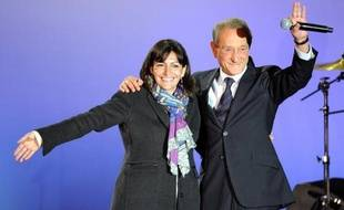 Anne Hidalgo a confirmé mardi soir sa décision de briguer la succession de Bertrand Delanoë, prenant à vingt mois des élections municipales à Paris une longueur d'avance sur ses futurs rivaux.
