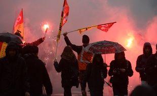 Des manifestants opposés à la loi travail le 31 mars 2016 à Paris