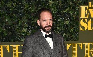 L'acteur Ralph Fiennes aux Evening Standard Theatre Awards à Londres