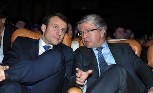 Emmanuel Macron et Jean-Laurent Bonnafé, patron de la BNP Paribas, lors de l'événement