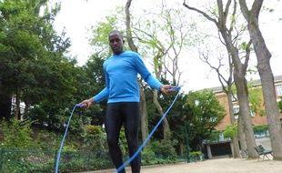 Brahima Cissoko s'élancera lundi soir, à 18h de la place de la Nation, pour 20 km dans Paris en corde à sauter.