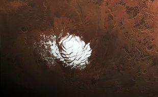 Détail d'une photo de la planète Mars prise par la sonde Mars Express le 25 février 2015, diffusée le 10 septembre par l'Agence spatiale européenne.