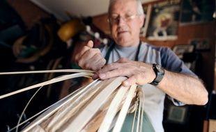Jean-Louis Gonzalez, fabriquant de chistera à Anglet.