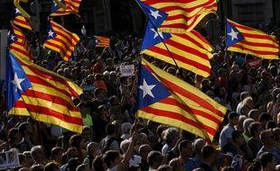 Des manifestants favorables à l'indépendance de la Catalogne, à Barcelone le 21 octobre 2017.