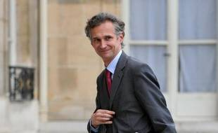 Antoine Gosset-Grainville, alors conseiller de la SNCF, arrive au Palais de l'Elysée à Paris, en avril 2008
