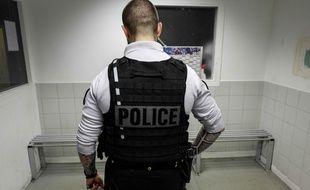 Un policier français. (illustration)