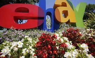 Le logo d'eBay à San José (Etats-Unis) en juillet 2010.