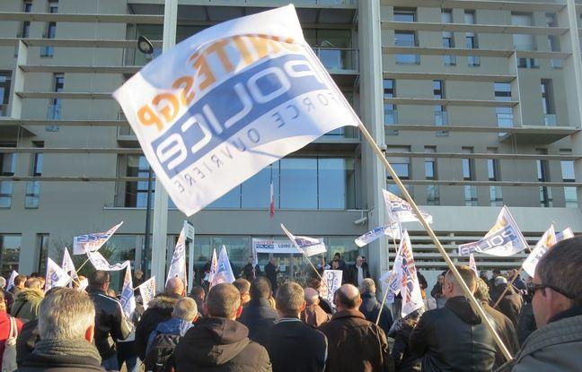 Un rassemblement a réuni environ 200 policiers mercredi après-midi devant le commissariat central de Nantes