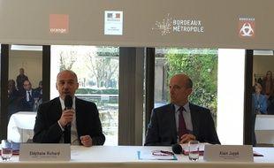 Stéphane Ricard, PDG d'Orange, et Alain Juppé, le 1er avril 2016 à Bordeaux