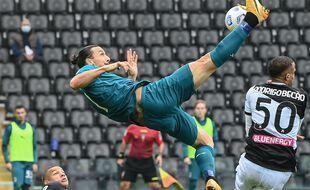 Ibrahimovic a inscrit un but splendide dimanche sur la pelouse de l'Udinese
