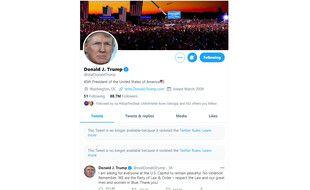 Twitter a bloqué le compte de Donald Trump pour 12 heures pour des «violations» de sa charte, après les violences à Washington le 6 janvier 2021.