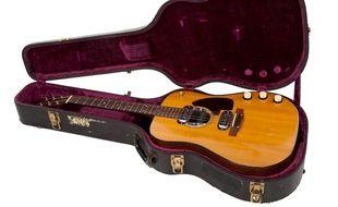 La guitare utilisée par Kurt Cobain lors du concert « Unplugged ».